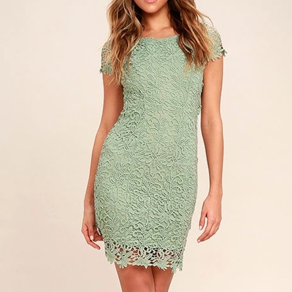 5ffb846dc9 BACKLESS SAGE GREEN LACE DRESS